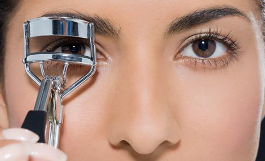 eyelash-curler